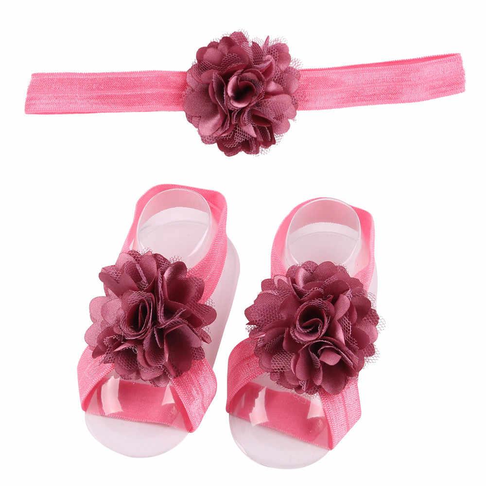 Nowy i ładny Design 1 para niemowlę perła szyfonowa boso maluch stóp kwiat plaża sandały + jednolita opaska do włosów lacos de menina