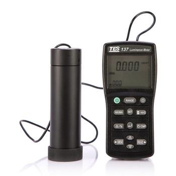 TES-137 miernik luminancji z podwójnym wyświetlaczem oryginalny z tajwanu LCD lekkość Tester podwójny wyświetlacz 4-cyfrowy wyświetlacz LCD Interfejs USB tanie i dobre opinie Handheld