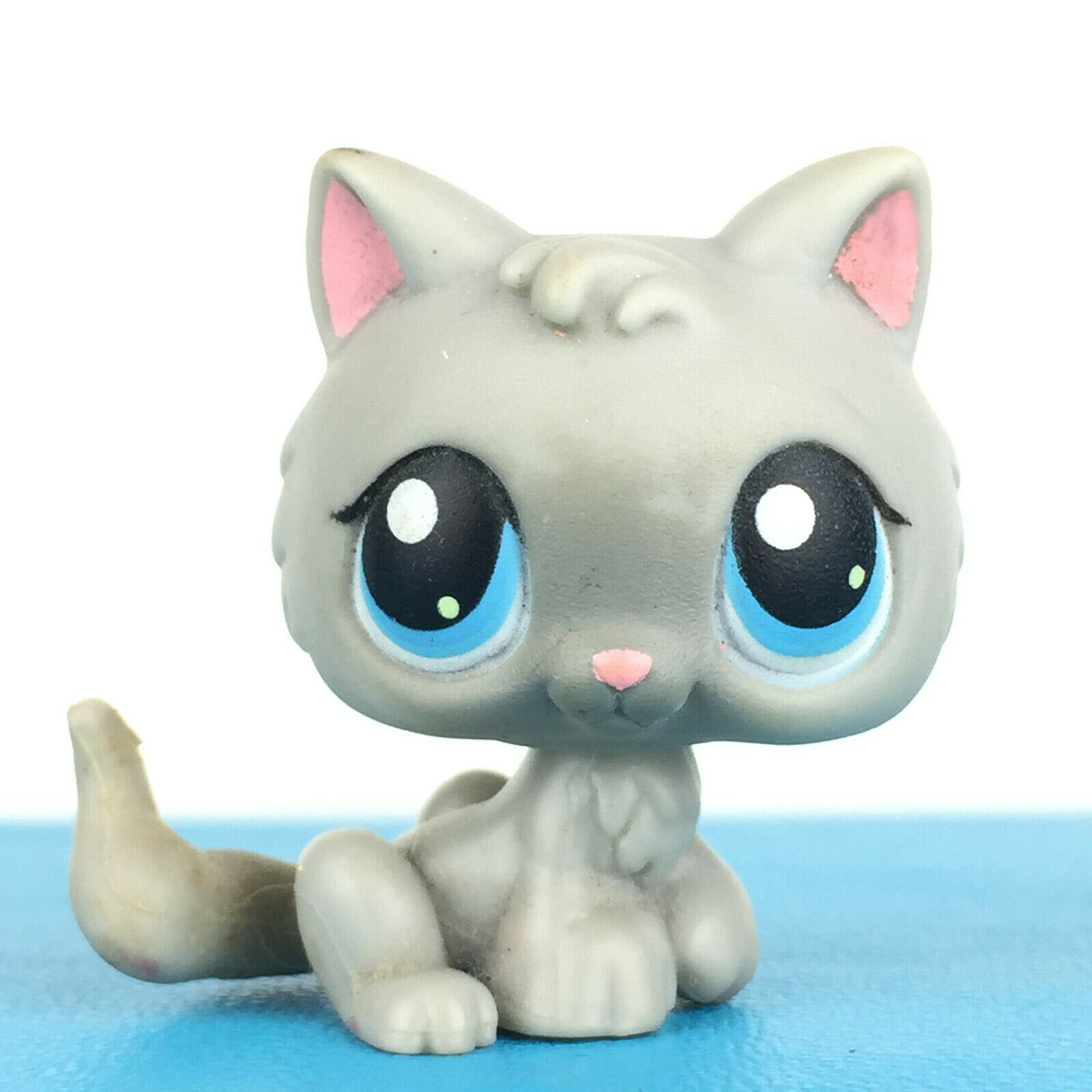 Rare Original Pet Shop Toys Cat #66 Light Grey Baby Kitty Cute Animal Kitten For Kids Collection