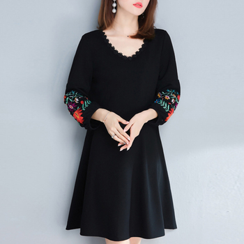Plus size Black Dress Women Elegant Embroidery Flower Tshirt Dresses Puff sleeve V neck Linen Ladies Clothes клава 2019 11 30t19 00