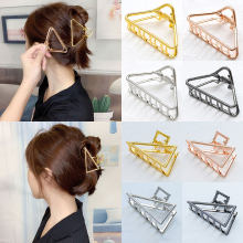 Hot Fashion Geometric Triangle/Heart Alloy Hair Claws Crab Hair Clips Women Make Up Hairpins Gold Silver Female Hair Accessories(China)