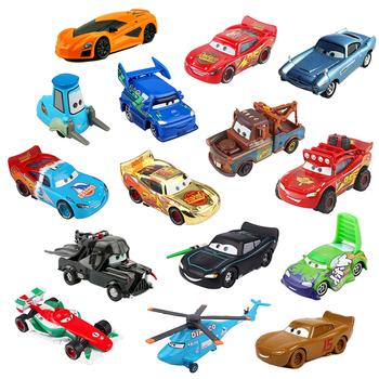 Disney zabawka Pixar 3 oświetlenie Mcqueen Mater 1 55 Diecasts i pojazdy zabawkowe samochody zabawkowe dla chłopców tanie i dobre opinie Z tworzywa sztucznego CN (pochodzenie) 3 lat Inne odlew pixar car small parts no for kids under 3 years Samochód Lighting Mcqueen