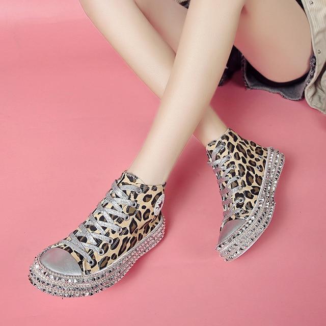 Обувь Женская парусиновая с блестками на толстой подошве