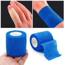 Mini bezpieczeństwa i survivalowe przylepny bandaż elastyczny włókniny tkaniny na zewnątrz podróży torby medyczne zestaw ratunkowy SOS 5M * 2 5cm tanie tanio Zestawy pierwszej Pomocy 2019 2 5cm*5m Non-woven Black Blue Khaki White Pink Fitness Tools