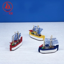 LUCKK 8-15CM Mediterranean Wooden Sailing Boat Model Ships With Net Room Decor Miniature Furnish Nautical Crafts Kids Toys Gifts