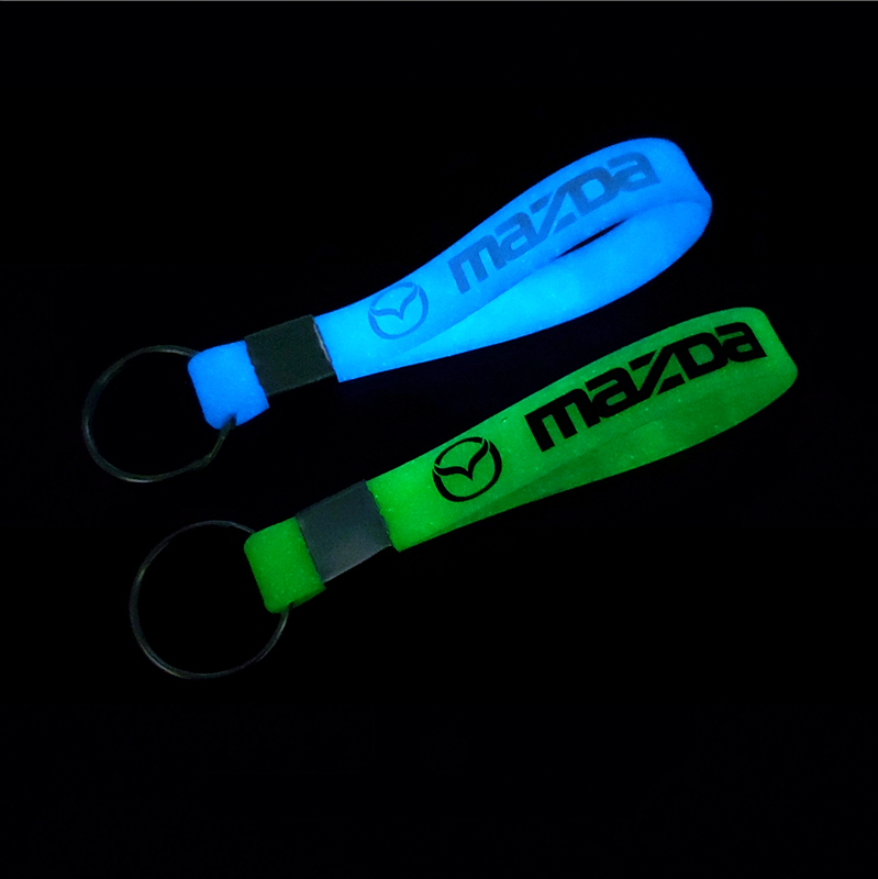 Car Sticker Luminous Key Holder Gift Key Chains KeyRings  For Mazda 2 Mazda Speed 3 Mazda 6 CX-5 CX5 CX3 7 Car Styling