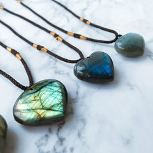 Fashion Women Necklaces Natural Love Heart Shape Labradorite Moonstone Pendant Necklace Statement Jewelry DIY Gift Hot Sale(China)