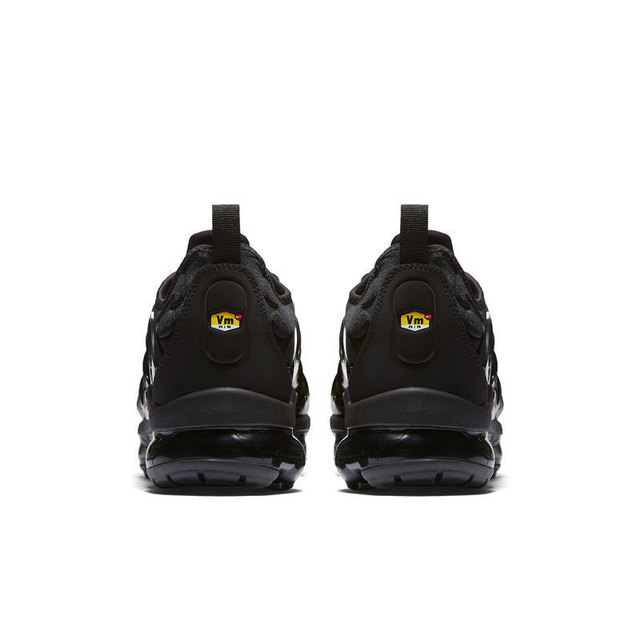 Original Authentic Nike Air Vapormax Plus TM Men's Running Shoes Outdoor Sneakers Comfortable Breathable 2018 New Arrival 924453 3