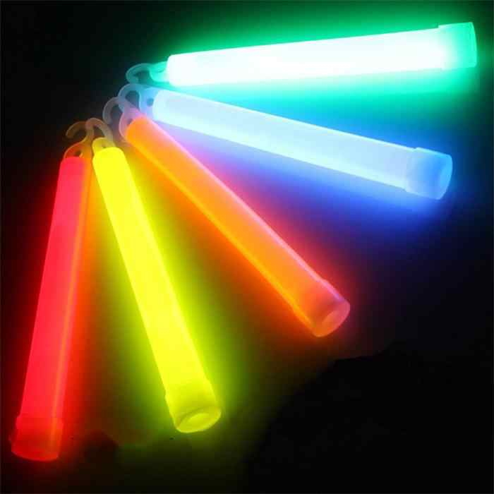 1 szt. Ceremonia Party Glow Sticks koncert wokalny świecący kijek Outdoor Camping awaryjne chemiczne światło fluorescencyjne losowe