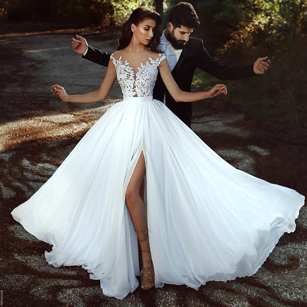 2020 Illusion White Chiffon Wedding Dress Beach Bridal Gowns For Wedding Party Sheer Neck Affordable Lace Slit De Marriage