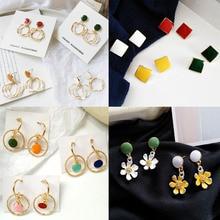 цена на Classic fashion acme contracted drip stud earrings Heart-shaped printed letters stud earrings