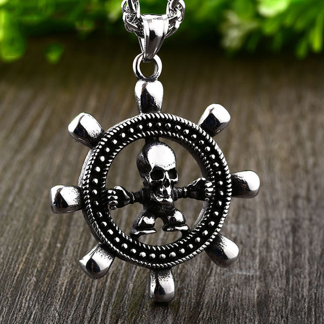 STAINLESS STEEL VIKING COMPASS SKULL NECKLACE