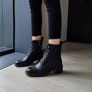 Image 5 - FEDONAS kadınlar klasik kare ayak yarım çizmeler kış sıcak hakiki deri Brogue çizmeler parti rahat ayakkabılar kadın yeni yüksek topuklu