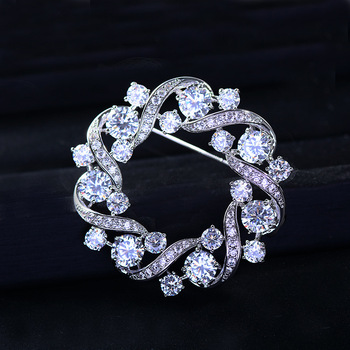Bad Gug Shiny Rhinestone Flower Brooches for Women Round Brooch Pin Vintage Fashion Jewelry Winter Accessories Zircon Brooche