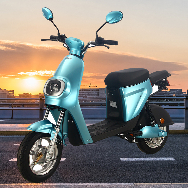 Smart Electric Motorcycle High Power Moto Electrica Electric Scooter For Adults Electric Light Motor Scooter Electric Moped 1