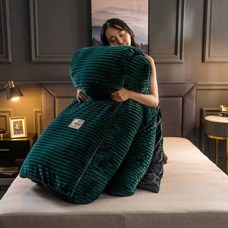 Ev ve Bahçe'ten Nevresim'de Pazen polar kış nevresim sihirli polar yorgan kapak şerit yatak katı sıcak yorgan kapağı kadife yatak örtüsü battaniye title=