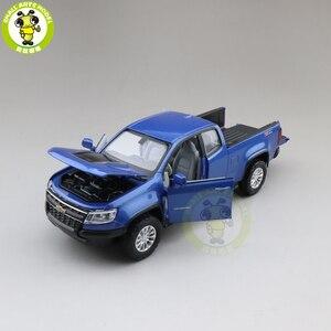 Image 4 - Camioneta COLORADO fundida modelo de camión para coche, juguetes para niños, regalos, 1/31, 2018