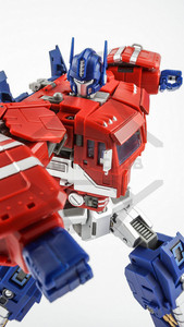Image 5 - COMIC CLUB IN STOCK Transformation DaBan IDW GT OP Commander Truck Deformation Commader Action Figure Robot Toys
