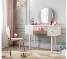 Dressing table European bedroom Princess dressing table palace small luxury dressing stool combination furniture ga1c modern dressing table luxury princess ins wind bedroom dressing table black stainless steel cosmetic table