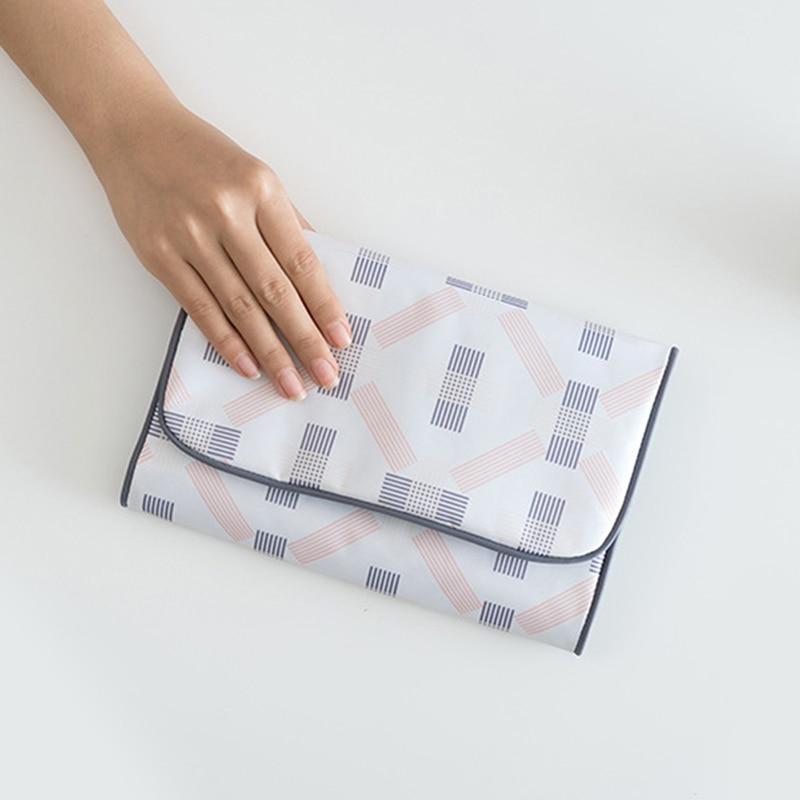 Print White Travel Storage Bag Women Portable Pouch Toiletry Wash Bath Baggage Organizers Travel Accessories