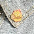 Кальцифер эмалированная булавка на заказ японский аниме-броши огненный эльф значок для Сумки Пряжка для лацкана ювелирные изделия подарок ...