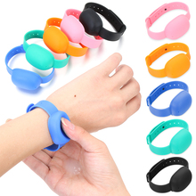 Silicone Wristband Hand-Washer-Dispenser Storage-Bracelet Travel Portable for Adults