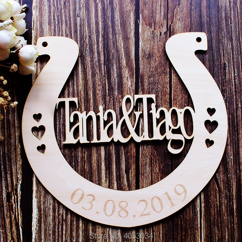 Us 12 31 23 Off Last Name Sign Rustic Wedding Gift Wall Decor Mr And Mrs Horseshoe Custom Wood Bride In Party Direction Signs From Home
