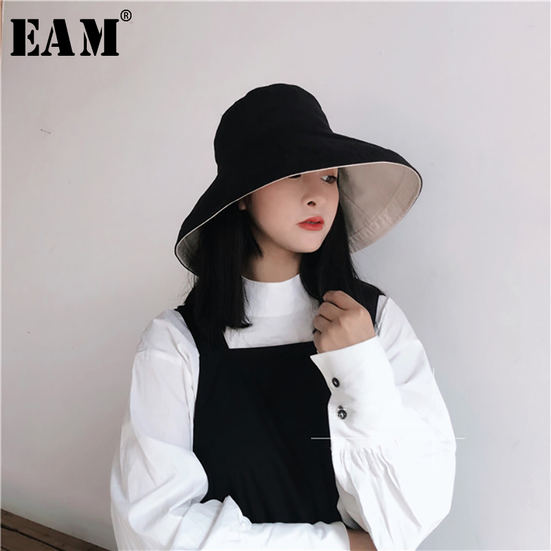 [EAM] Women Multicolor Both Side Wear Fishermen Hat New Round Dome Temperament Fashion Tide All-match Spring Autumn 2020 S235