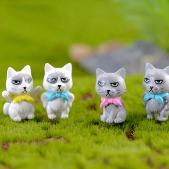 ZOCDOU 1 Pieces Unhappy Angry Cat Kitty Small Statue Mini Figurine Crafts Ornament Miniatures Play House Car Desk DIY Toy Decor image