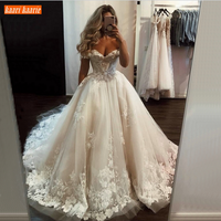 Luxurious Ball Gown White Wedding Gowns Lace Appliqued Tulle Fluffy Arabic Ivory Bridal Dresses Custom Made Africa Wedding Gowns