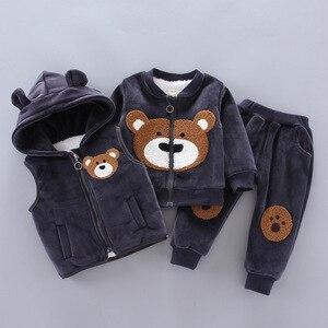 Image 1 - Baby Jungen Mädchen Kleidung Set 2020 Winter Fleece Kinder Cartoon Bär Hoodie Oberbekleidung Outfits Kinder Kleinkind Warme Kostüm Anzug