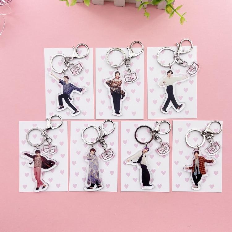 7pcs/lot Kpop JUNG KOOK JIMIN SUGA V JHOPE RM JIN Figure Acrylic Keyring Keychain Toy Gift