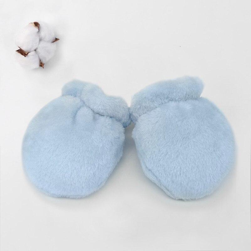Перчатки для новорожденных, подарок для малышей, милые Нескользящие варежки, теплые зимние толстые теплые хлопковые варежки для новорожденных мальчиков и девочек 0-12 месяцев