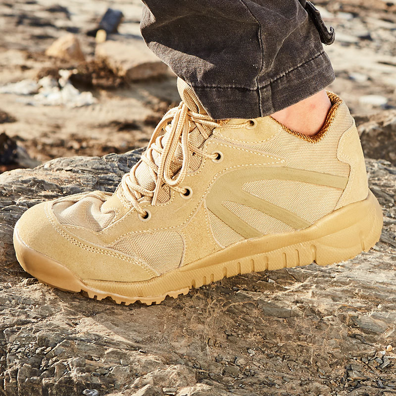 Ultra-Light Combat Boots CQB. Swat Sand Wind Low Top Lightweight Combat Boots Shock Absorption Hight-top Outdoor Tactical Boots