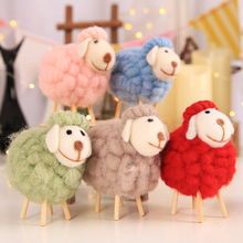 1 Pcs Christmas Sample Decoration Cute Mini Sheep Decorations Children's Room Living Room Home Decoration Small Ornaments european angel ornaments living room decorations ornaments cute angel for home decoration accessories fairy garden miniatures