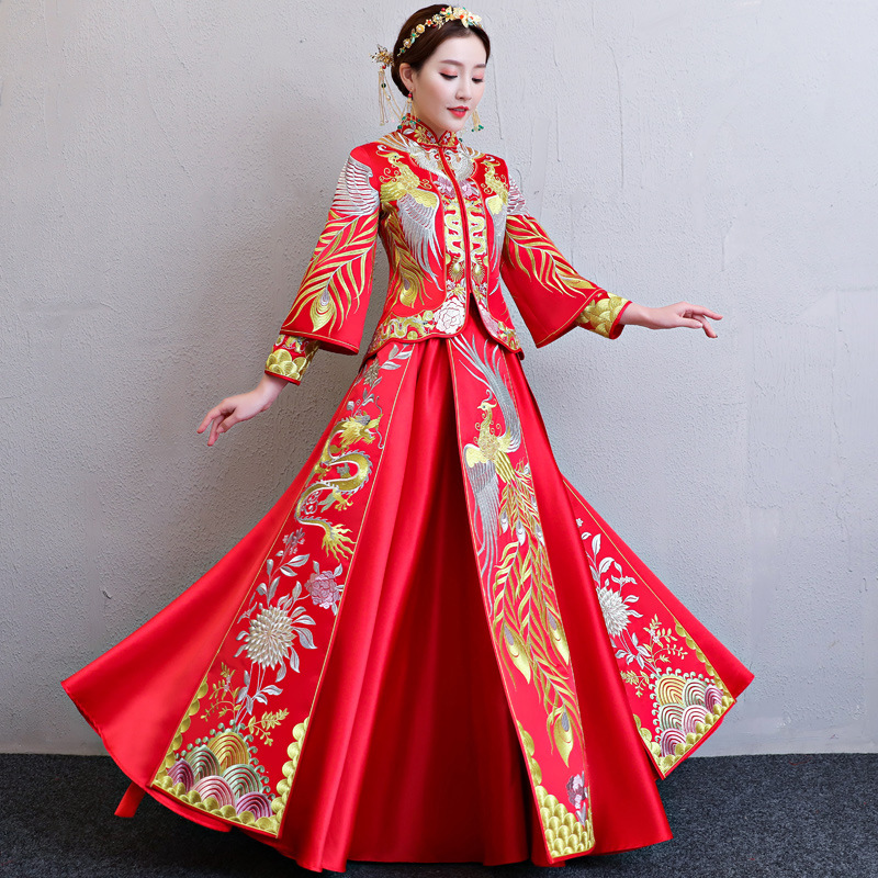 New Arrival Cheongsam Embroidery Qipao Women Dress Wedding Dress Modern Chinese Wedding Dress Bride Traditions Robe Orientale