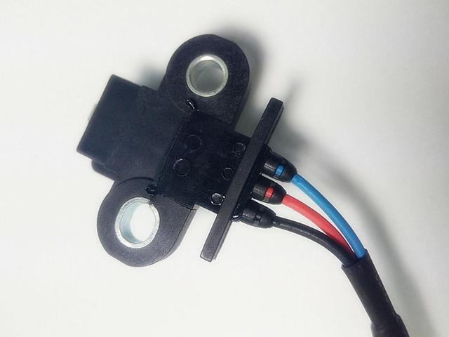 Brand New MD303649 MD303643 ME202070 ME202590 Crankshaft Position Sensor for MITSUBISHI