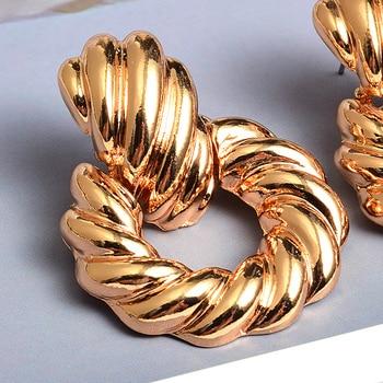 Gold Metal Drop Earrings  4