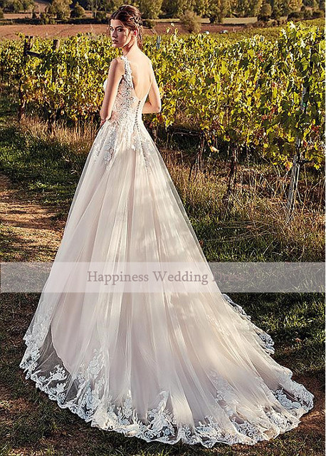 Classic V-Neck Wedding Dresses Champagne A-line Appliques Floor Length Vestidos De Noiva 2020 Bridal Dresses 4