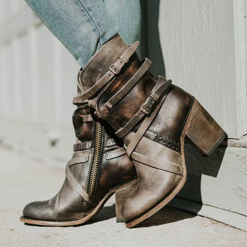 Bayan Botları Yüksek topuklu sivri ayakkabı Çok katmanlı Toka Geri Fermuar Düz Renk Retro Vintage Kemer Tokaları Çizmeler dropship