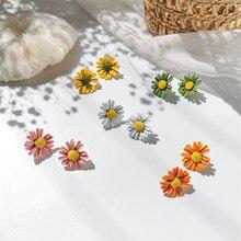 Korean Asymmetric Flower Dangle Earrings for Girls Colorful Daisy Pendants Drop Earrings Lovely Sweet Gadgets for Women a suit of sweet asymmetric bar cross earrings for women