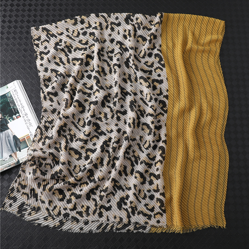 2019 New Designer Brand Women Scarf Winter Warm Cotton Shawls Wraps Fold Animal Print Crinkle Hijabs Headband Female Foulard