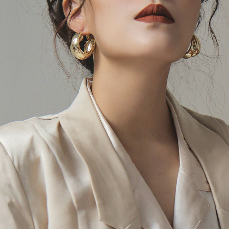 Women's Golden Earrings Vintage Hoop Drop Earrings for Women Geometric Round Smooth Metal Earrings 2021 Simple Trendy Jewelry
