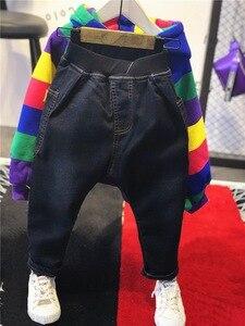 Image 5 - ホット販売ブランド男の子の服の子供冬の男の子服虹バー服セット肥厚パーカー、肥厚ジーンズ