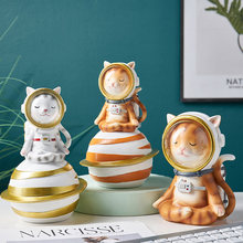Nordic Home Decor Figurines Living Room Home Decoration Accessories Desk Decoration Astronaut Ornament Flat Back Resin Miniature(China)