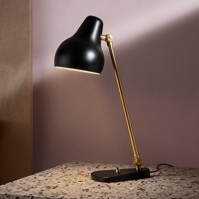 Lampe de table minimaliste moderne nordique pour chambre à coucher à côté de la lampe lampe de bureau blanche/noire E27 lecture