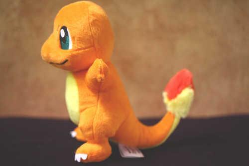Charmander Squirtle Bulbasaur sevimli doldurulmuş oyuncaklar turuncu yeşil mavi peluş bebek koleksiyon hediyeler