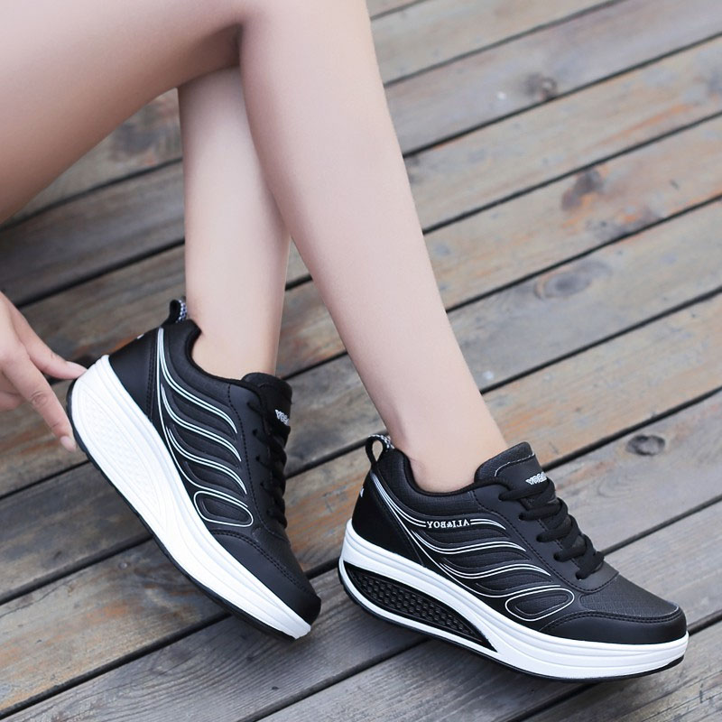 Designer White Platform Sneakers Running Shoes for Women Wedges Shoes Footwear Basket Femme Trainers Sport Shoes Woman