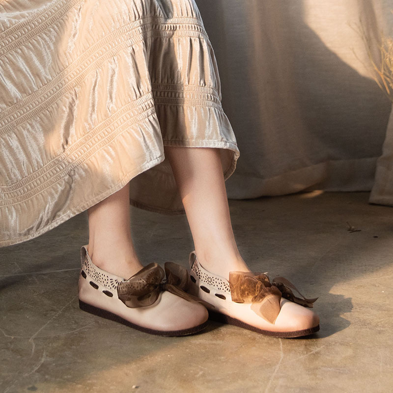 Women Loafes Leather Low Heels Shoes Women Spring Flats Beige Slip On Lazy Shoes Soft Genuine Leather Women Flats Embroidery