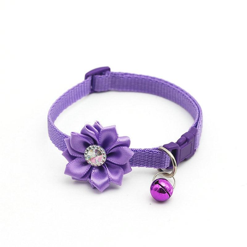 Ошейник для питомца собаки колокольчик цветок ожерелье ошейник для маленькой собаки щенок Пряжка ошейник для кошки колокольчик цветок товары для питомцев аксессуары для собак - Цвет: Purple